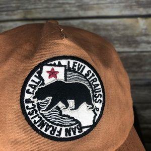 Levi's Accessories - Levi's California bear San Francisco dad hat patch